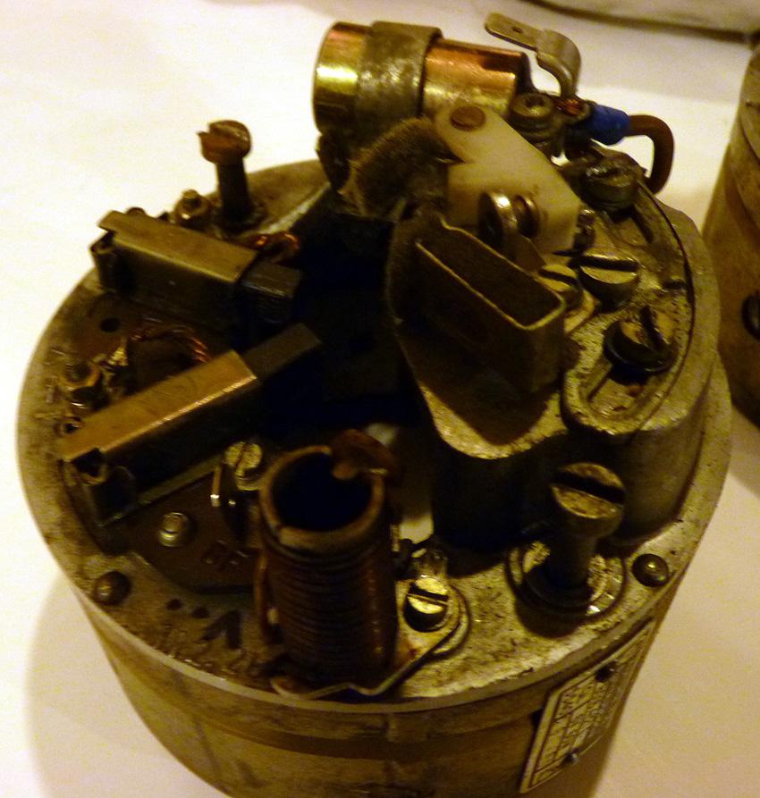electronique - TS : fabrication d'un régulateur électronique spécifique 6v 792143P1040153