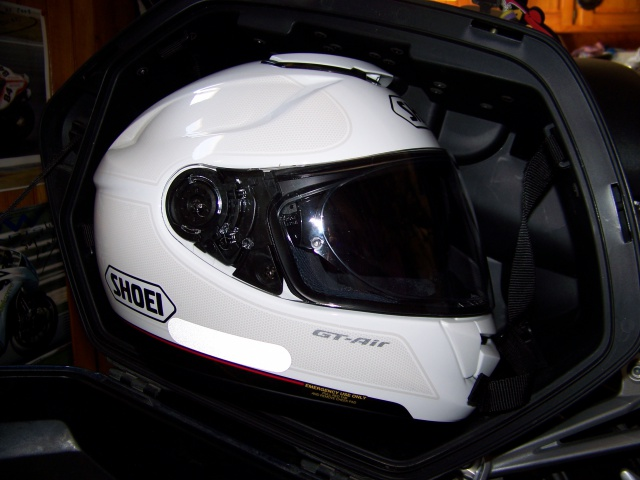 casque modulable  - Page 4 796112valises001