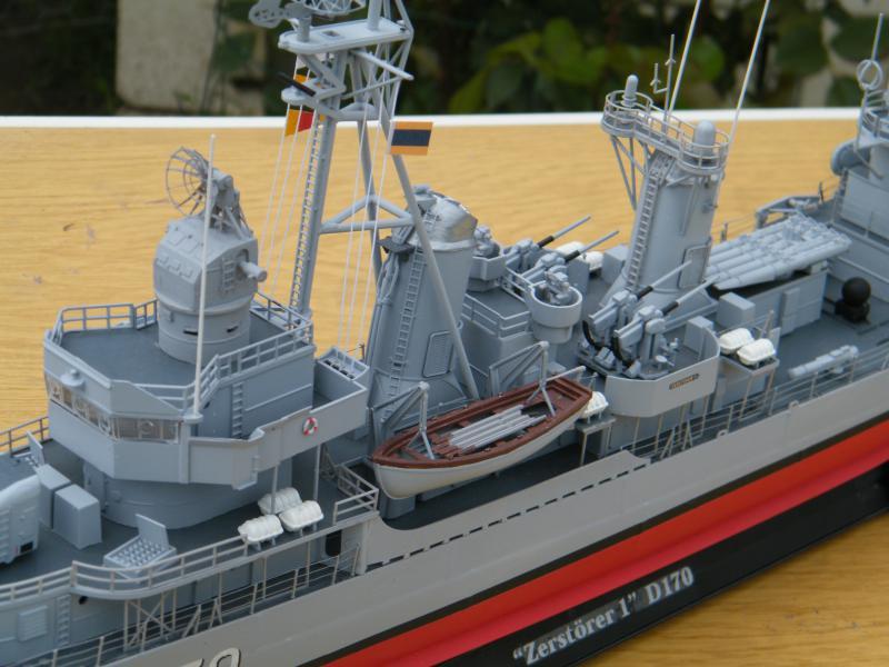 Destroyer Fletcher-Class au 1/144 79793920110723bartjeanjvido0194