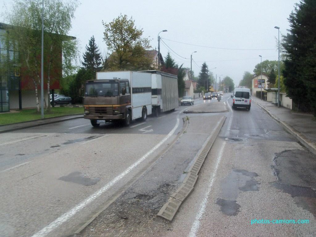 Les Camions des forains - Page 2 801323photoscamions27Avril20125