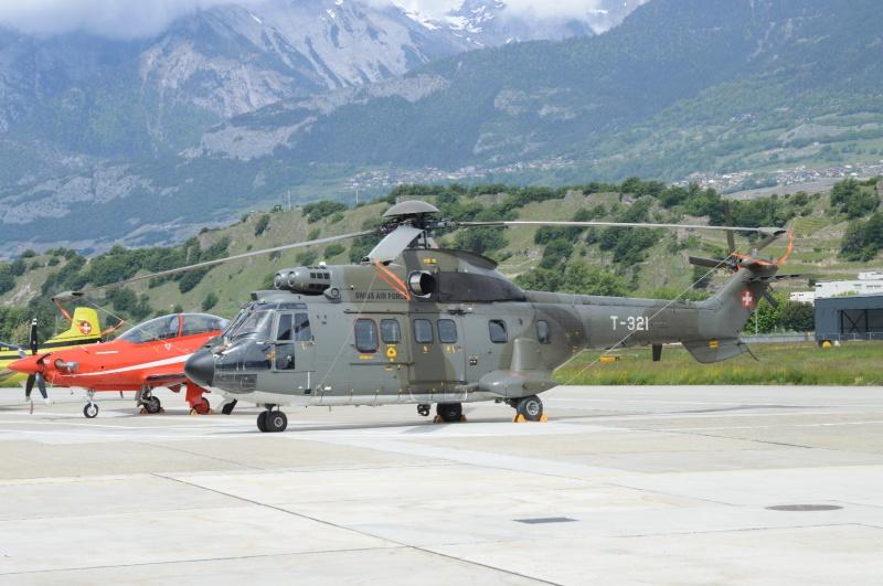 70 ans base militaire a Sion 809081DSC0716SuperPumaT321aSionle25052013