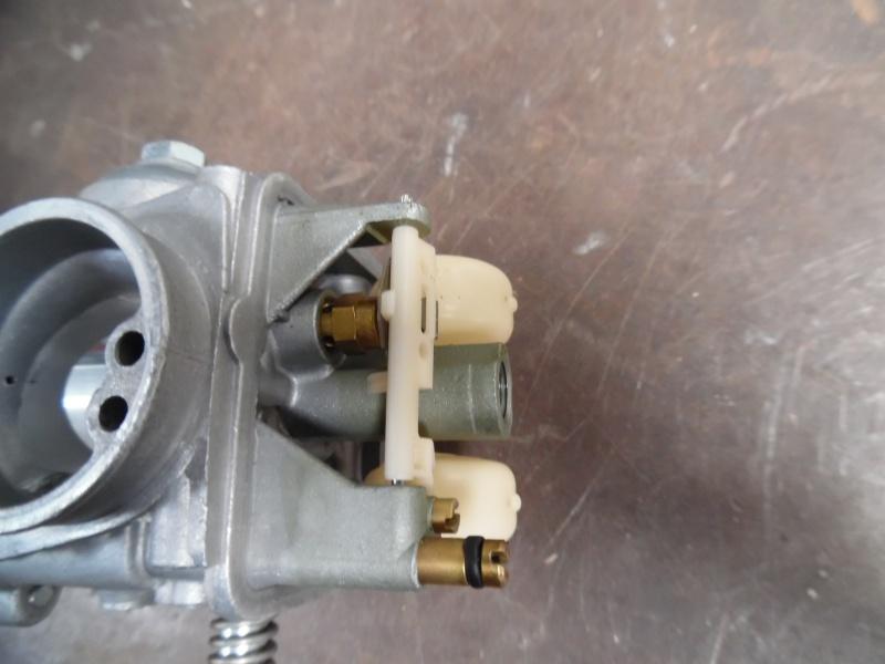 service :  passage carburateur aux ultra sons 810168SAM1733