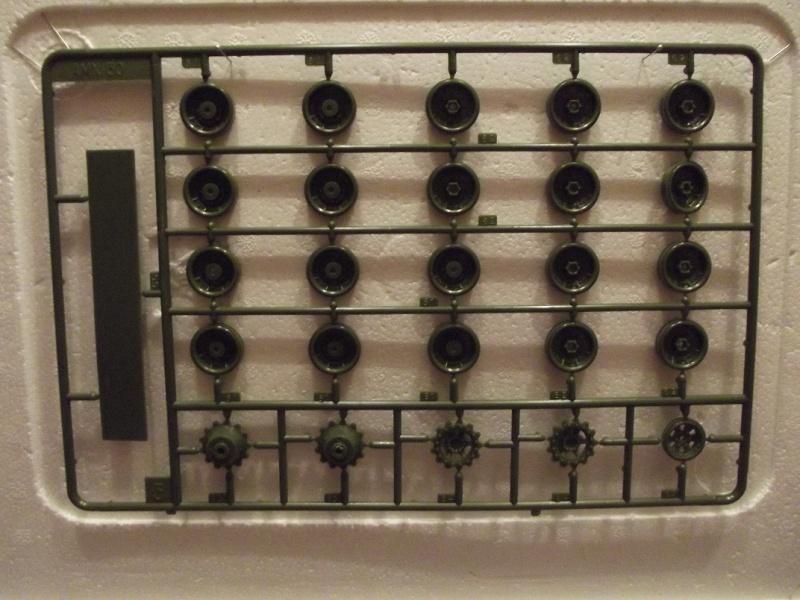 AMX 30 DCA - (Réf. L811) 1/35 810365HellerAMX30DCA811017