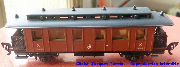 Les différents types de wagons marchandises Pocher ; boites et attelages 812028POCHERCARROZZAFERROVIESVEDESITIPOSJTERZACLASSE1959attelages