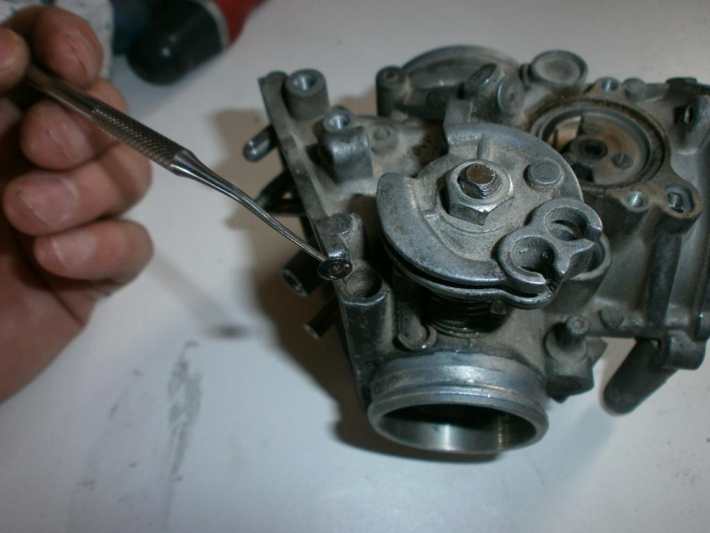Nettoyage carburateurs de transalp 600 812431P1280010