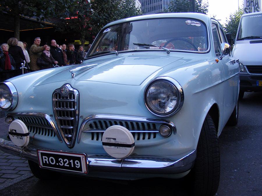 """Bruxelles côté BD  """"Tintin en automobile"""" - Page 2 813018DSCF6262"""