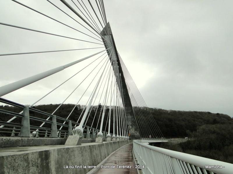 Térénez et son pont 820710SizunCrozonCamaretLandevenec359003