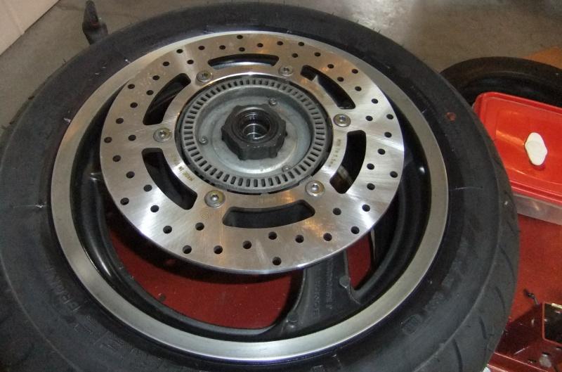 Quatre roulements dans ma roue AV 822870DSCF7897