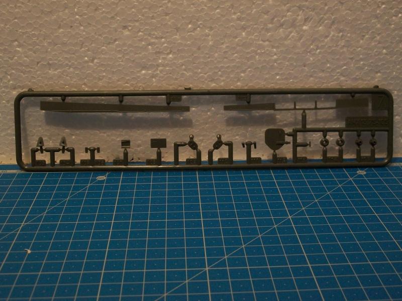 AMX 13 Canon de 105 [ Heller ] 1/35 82349013105022