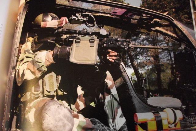 Hélicos et commando Le 4° RHFS en action 825067DSCF3892