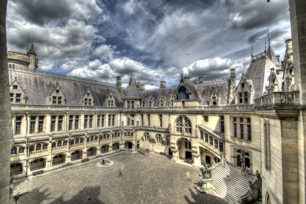 Chateau de Pierrefonds (60)  825466IMGP53501234tonemapped