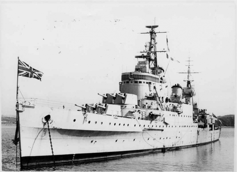 ROYAL NAVY CROISEURS LEGERS CLASSE TOWN (1936) 825720HMSNewcastle18