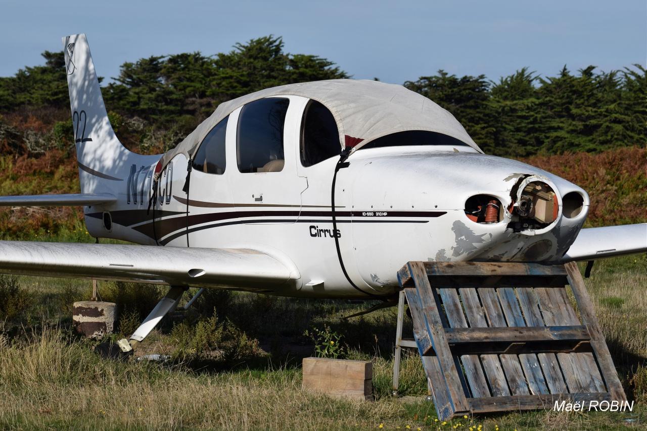 Aérodrome de L'Ile D'Yeu LFEY 830725DSC0056