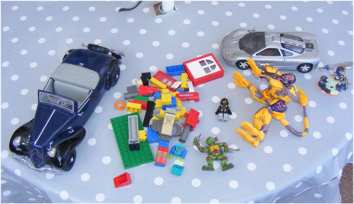 Trouvailles en Brocante, Bourse Aux jouets, Vide Greniers ... - Page 5 831759tas200817