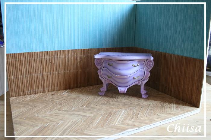 Dollhouse et Diorama de Chiisa - Photos diorama Alice (p7) - Page 2 8341803801