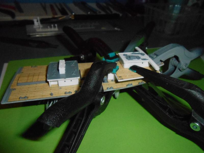Hikawa Maru hopital 1/350 PE/pont en bois et babioles  - Page 3 834389DSCN5623