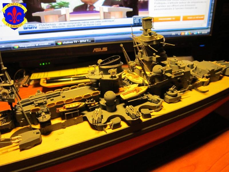 Croiseur de bataille Scharnhorst  au 1/350 de dragon - Page 7 837263IMG1392L
