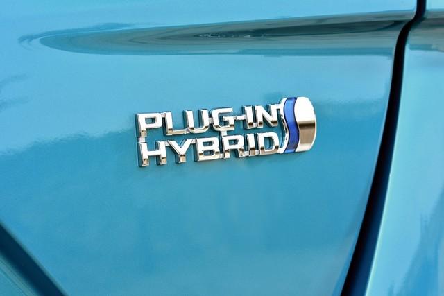 Toyota Annonce Les Prix De La Nouvelle Yaris 8383522017priusphvaquadetail02