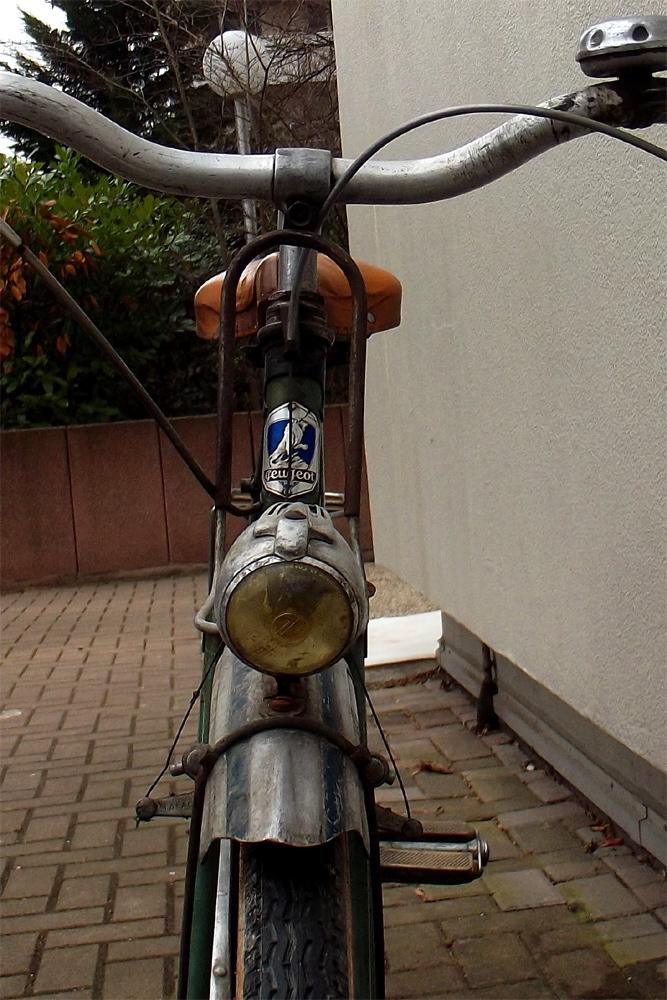 Peugeot années 50, PHR 55? 839481DSCF0377