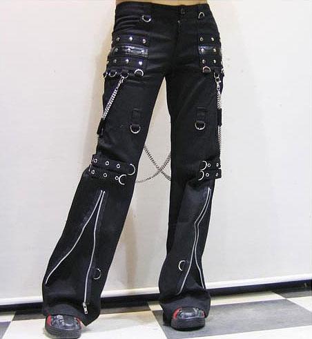 Entre Goths , Punks , Metals & Visual Kei ... 840027VETPAN013