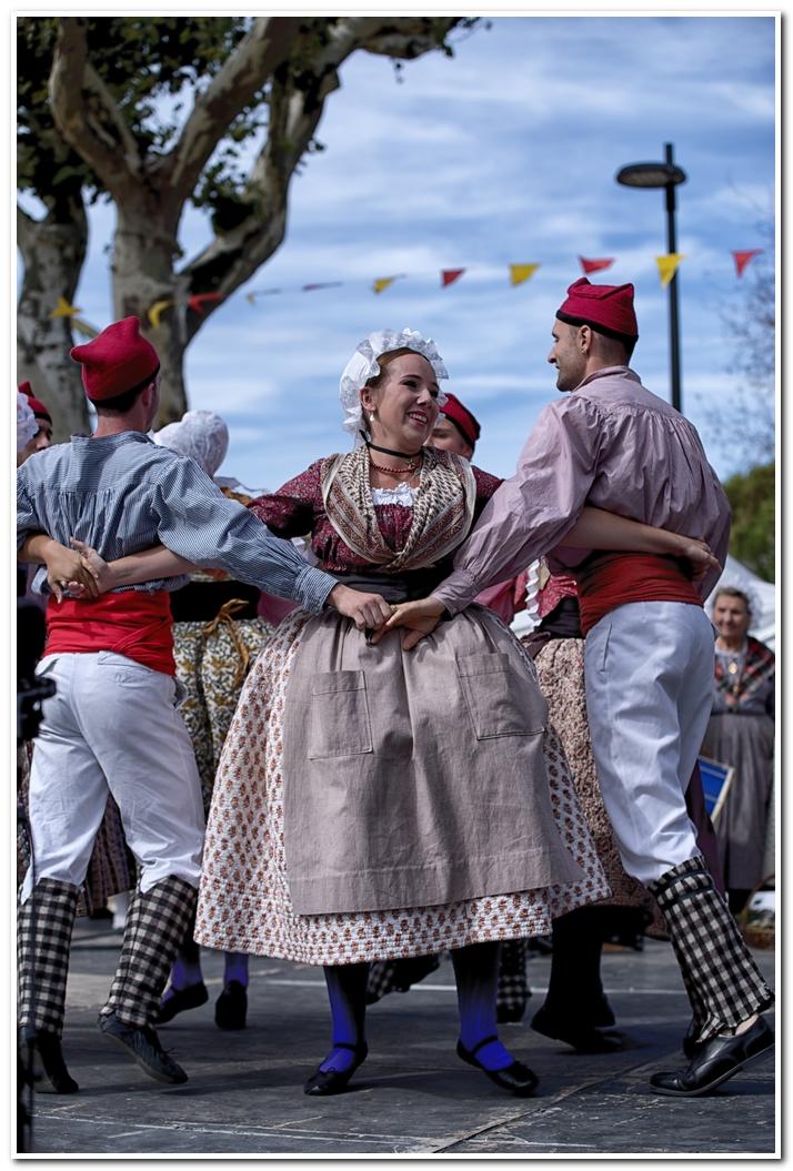 Danses Provencales 840754IMGP8154