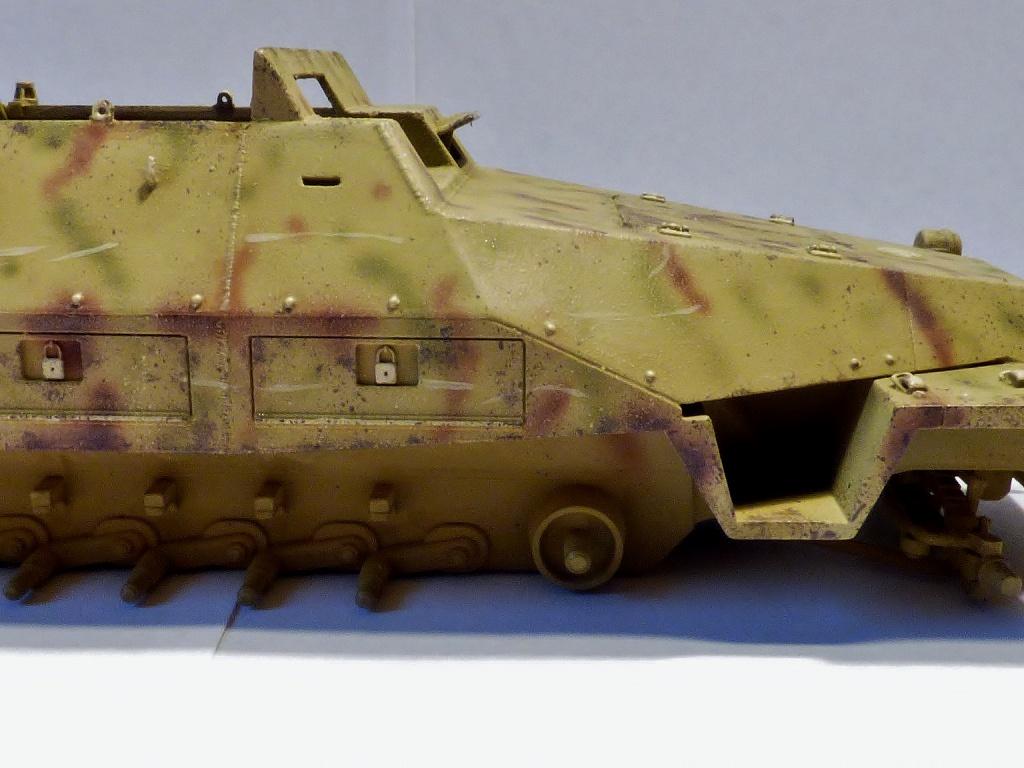sdkfz - SdkFz 251 / 9  Tamiya / AFV - Page 2 840942P1070128Copier