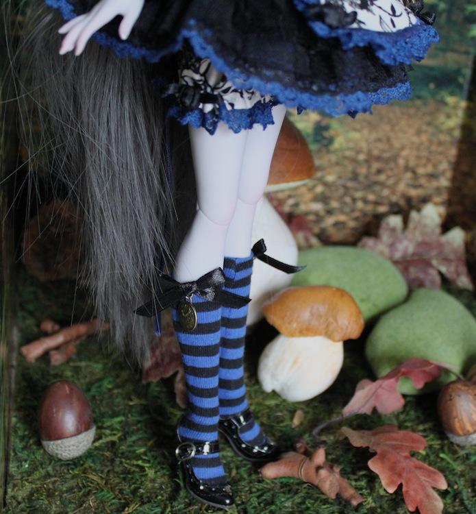 Nymeria (Sixtine Dark Tales Dolls) nouveau make-up p8 841673AlyssiaJambesplushautes