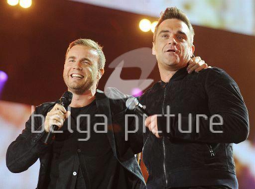 Robbie et Gary au concert Heroes 12-09/2010 84334222294047