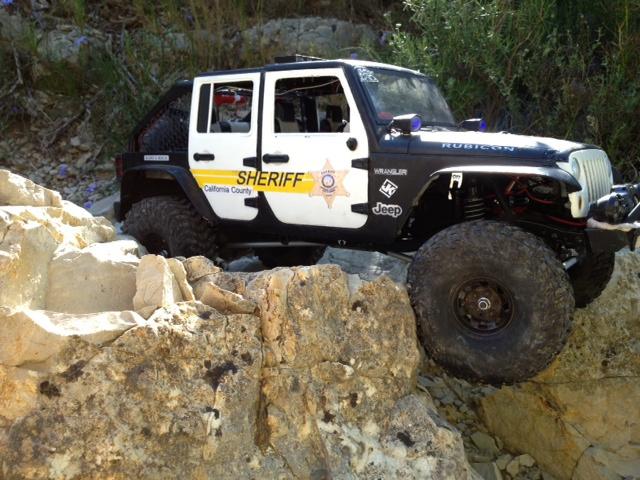 AXIAL SCX10 Jeep JK SHERIFF !! - Page 4 844455jeepjkSHERIFF44