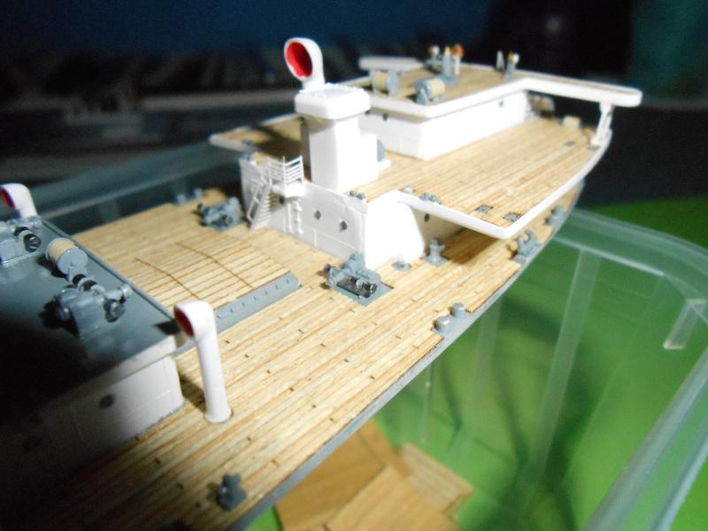Hikawa Maru hopital 1/350 PE/pont en bois et babioles  - Page 3 846567DSCN5630