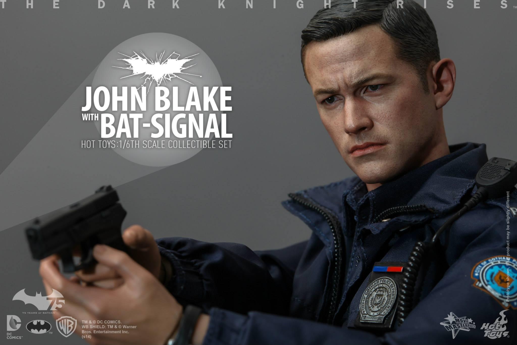 THE DARK KNIGHT RISES - Lt. JIM GORDON & JOHN BLAKE w/BATSIGNAL 846662106