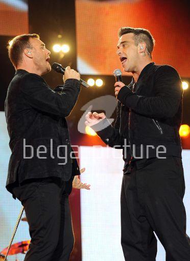 Robbie et Gary au concert Heroes 12-09/2010 84767122295281