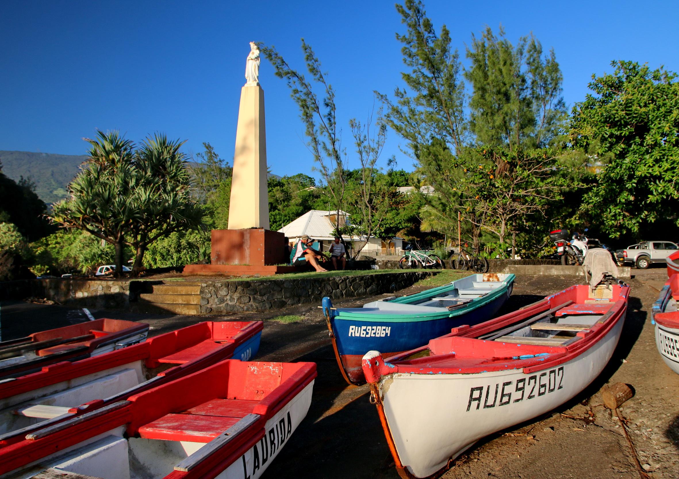 [Vie des ports] Les ports de la Réunion - Page 5 848725capmchantlangevin152