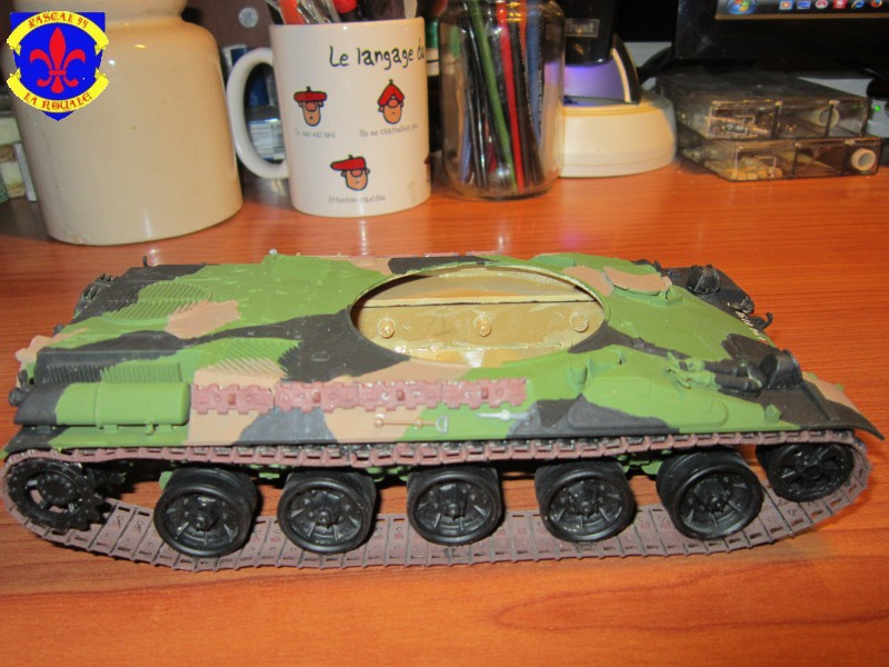 AMX 30 AUF1 au 1/35 d'Heller par Pascal 94 - Page 4 855523IMG34131