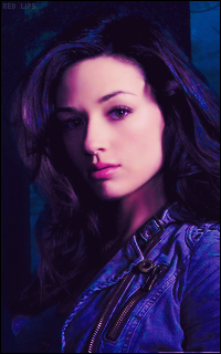 Crystal Reed 855833107