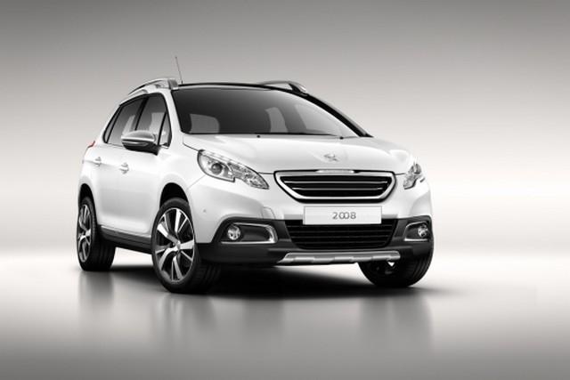 Peugeot 2008 : premières photos officielles ! 855918peugeot2008front