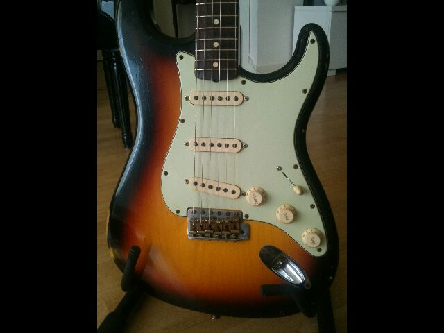 Fender Custom Shop Stratocaster 60' relic 856541Stratcorpsface