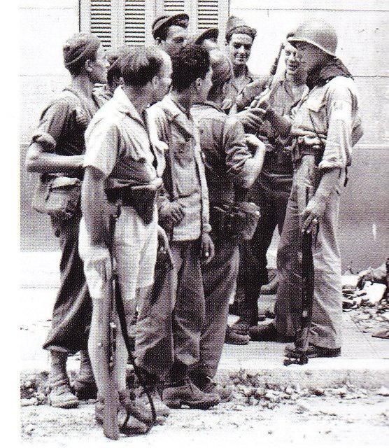 Le Bataillon de Choc 1943/1963. Photos. 859140chocsdanstoulon2
