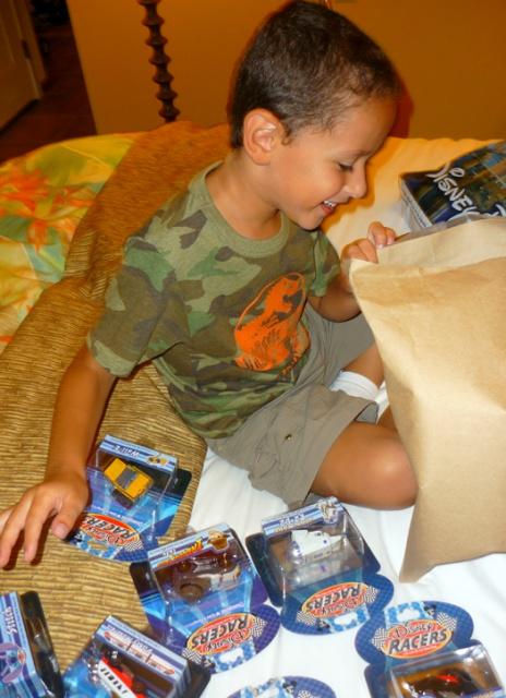 Sejour Magique du 27 juin au 22 juillet 2012 : WDW, Universal et autres plaisirs... - Page 7 862075a81