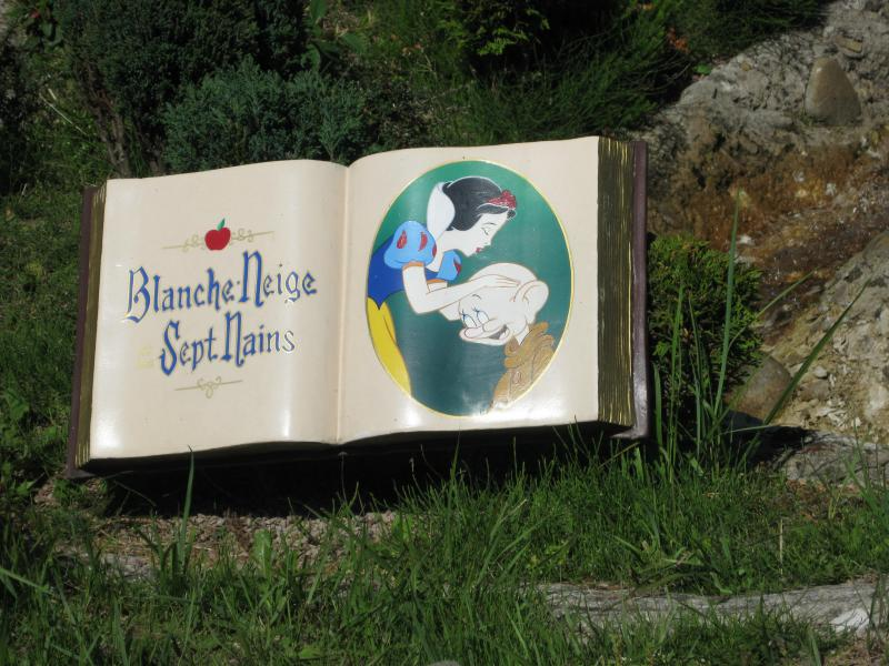 [Disneyland Paris] Séjour de rêve au Disneyland Hotel du 23 au 26 mai 2011 - Page 2 864136IMG3224