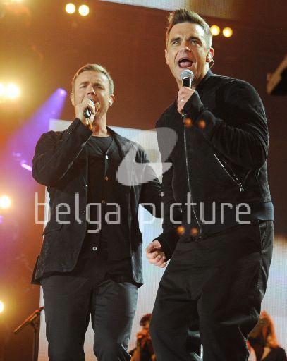 Robbie et Gary au concert Heroes 12-09/2010 86503022310317