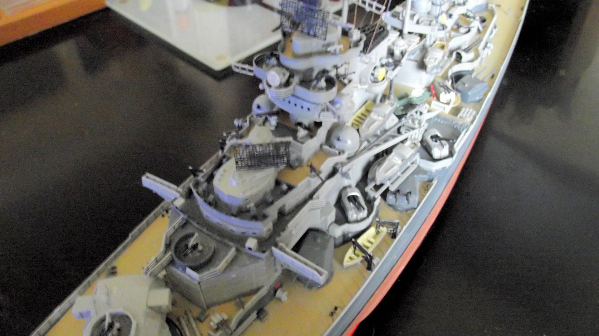 Tirpitz Revell au 1x350 avec PE - Page 2 865489TirpitzRevell1x35032