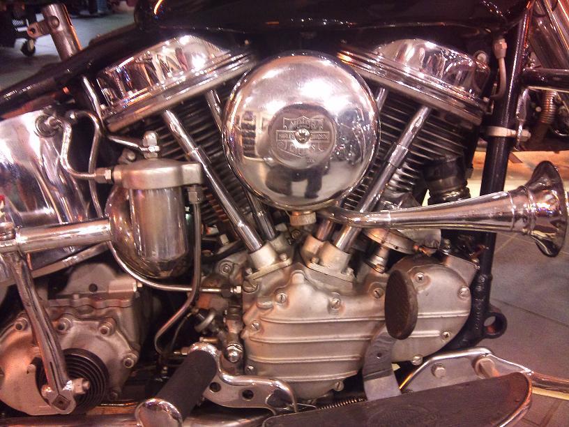 Les vieilles Harley....(ante 84)..... - Page 39 865917DSC0012