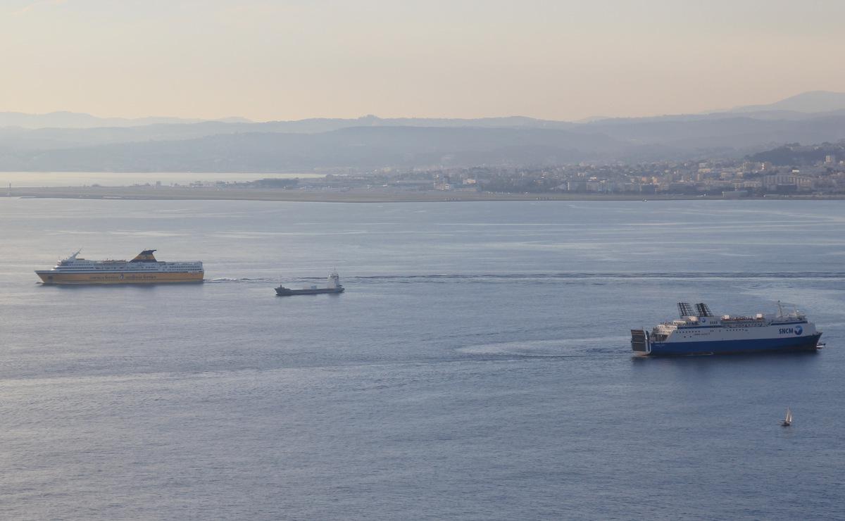 [Vie des ports] Le Port de Nice - Page 2 867824IMG3768