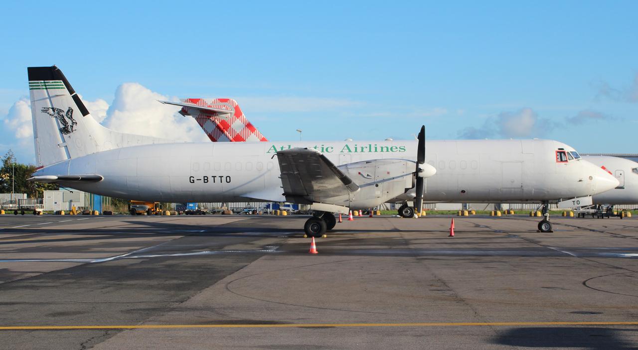 [30/10/2013] Bae ATP (G-BTPF) Atlantic Airlines 868946IMG5000