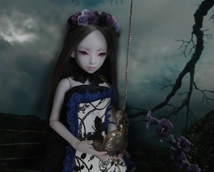Nymeria (Sixtine Dark Tales Dolls) nouveau make-up p8 - Page 4 869621regardelamontredepret2
