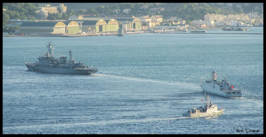 La Marine Royale à la revue navale de Toulon - 15 août 2014 - Page 2 871128DSC08899