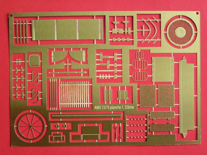 Kit de détaillage de l'AMX 13/75 de Heller 35ème 871572PICT0004