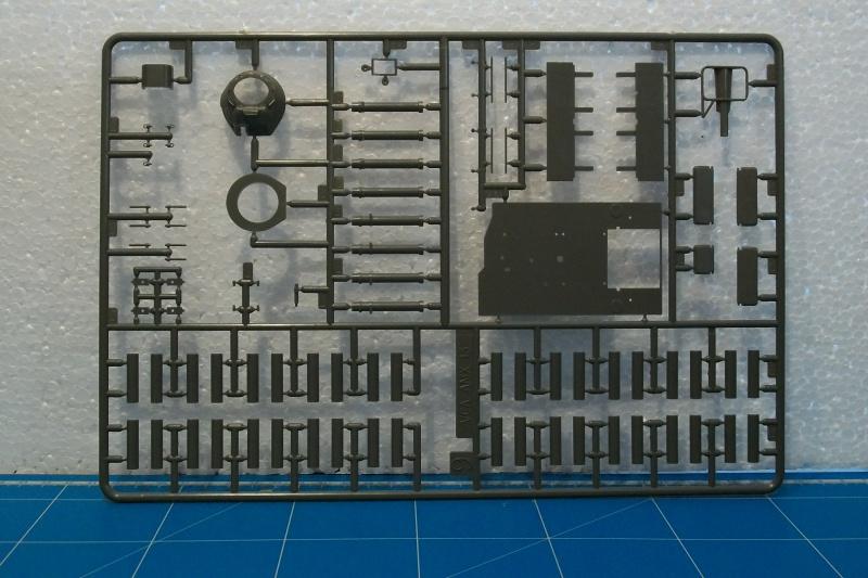 AMX 13 VCA 1/35ème Réf L 786 879891VCA015