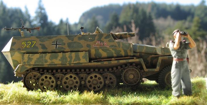 Sd.Kfz 251/9 Ausf.C AFV Club 1/35 880903modles126020